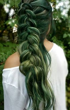 The Best Ways to Rock Green Hair in 2017   Haircuts, Hairstyles 2016 / 2017 and Hair colors for short long & medium hair