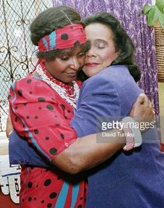 Mutual grief… Winnie Mandela and Coretta Scott King Winnie Mandela, Coretta Scott King, Marcus Garvey, Coloured Girls, The Embrace, Black Celebrities, Sculptural Fashion, Tees For Women, Great Women