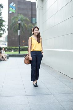 SHENTONISTA: At Sunset. Kristie, Auditing. Top from ZARA, Pants from Uniqlo, Watch from Solvil Et Titus, Shoes from Clarks. #theuniformsg #singapore #fashion #streetstyle #style #ootd #sgootd #ootdsg #wiwt #popular #people #female #womenswear #sgstyle #minimal #MichaelKors #Uniqlo #Uniqlosg #SolviEtTitus
