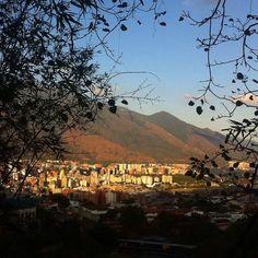 El Avila y... Caracas. (Via FB, foto Carmen E Gonzalez Salas)