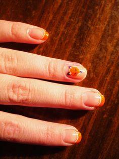 Fox's nails