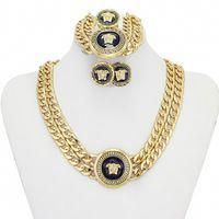 WhatThe Gold Price Per Ounce Tells You About Buying and Selling Gold Dubai Gold Jewelry, 1 Gram Gold Jewellery, 14k Gold Jewelry, Gold Fashion, Fashion Jewelry, Quartz Jewelry, Sell Gold, Discount Jewelry, Gold Price