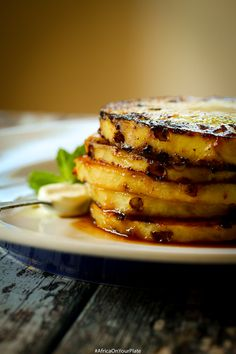 This Caramelized Jamaican Rum & Pineapple Dessert is so easy to make and bursting with tropical flavours. Great on its own, or on ice cream, or as a topping for cakes. Foods from Africa. Grilled Pineapple Desserts, African Dessert, Fusion Food, Sustainable Food, African Recipes, Ethnic Recipes, Food Print, Rum, Sugar Free