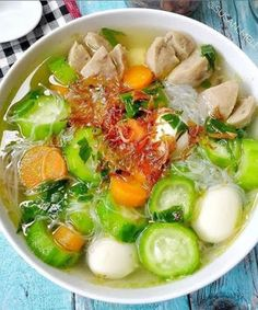 Indonesian Food Traditional, Indonesian Cuisine, Vegetable Recipes, Vegetarian Recipes, Cooking Recipes, Soup Recipes, Food N, Food And Drink, Catering Menu