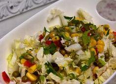 sałatka z rukoli i roszponki do obiadu: Przepisy, jak zrobić - Smaker.pl Grains, Rice, Food, Essen, Meals, Seeds, Yemek, Laughter, Jim Rice