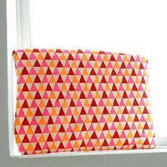 DIY Sharpie Art Pouch #geometric #sharpie #diy