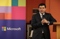 Leonardo Ortiz Villacorta (Director Global de Ciudadanía Corporativa de Microsoft)