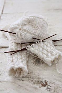 kinderschal und kinderm tze stricken kostenlose anleitung knitting projects pinterest stricken. Black Bedroom Furniture Sets. Home Design Ideas