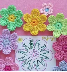 Form Crochet, Crochet Chart, Cute Crochet, Crochet Motif, Crochet Doilies, Crochet Stitches, Knit Crochet, Crochet Small Flower, Crochet Flower Patterns