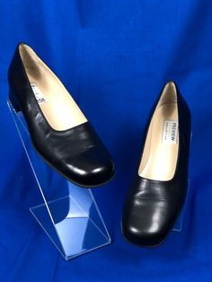 #PreviewCollection #womensShoes Black Leather Loafer #Size8 M #eBay #onlineshopping #womensclothing #onlineboutique #fashionista #fashion #forsale #shoesforsale #deals #greatgifts #giftsforwomen www.ebay.com/...