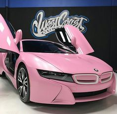 Beau Luxury Auto, Luxury Cars, Girly Car, Whip It, Vehicle Accessories, Car  Goals, Jeffree Star, Future Car, Super Cars