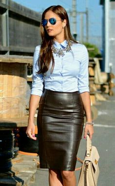 about Leather Skirt Outfits Ideas can just read this full article we had created for you. So check out Beautiful Leather Skirt Outfits Ideas Summer Work Outfits, Casual Work Outfits, Mode Outfits, Office Outfits, Classy Outfits, Fashion Outfits, Chic Outfits, Outfit Work, Dress Outfits