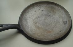 Everything you Ever Wanted to Know about Cast Iron Cookware. (Seriously Comprehensive)