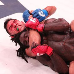 "ICYMI last night at #Bellator184 Emmanuel ""El Matador"" Sanchez @matadorsanchez defeated #DanielStraus via submission (triangle choke) at 1:56 of R3.  After the #fight Sanchez said: Since I signed with #Bellator Ive always taken on everyone #ScottCoker has put in front of me. Nothing is changing now so tell me whos next? It doesnt matter what weight class or who it is Ill fight anyone.  What did you think of the fight? Let me know in the comments and don't forget to press like  and follow for…"