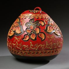 hand carved gourds by Marilyn Sunderland