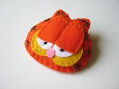 Felt brooch - Garfield