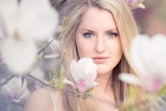 magnolia by Jessica Tekert on 500px