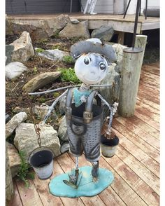 On the way back to Tromsø we had to stop again at Tove's Glassdesign.  I took a picture of this fellow.  Around the house you get to see a lot of artwork spread all over the place.  Even before going in you know that the person running this place is an artist.  There are a lot of pictures I took but I will just post them in the upcoming blog. From the back of her house you also get fantastic views of the fjord.  Be careful as it can be slippery depending which time of year to come and visit…