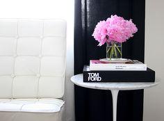Saarinen Side Table... love...
