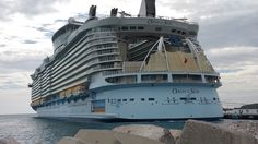 Oasis of the Seas tips
