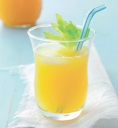 En frisk gul juice der sparker gang i dagen!
