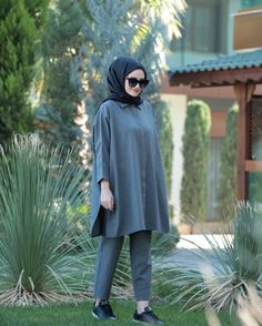 Modern Hijab Fashion, Muslim Women Fashion, Hijab Style Dress, Casual Hijab Outfit, Hijab Evening Dress, Stylish Hijab, Stylish Dresses For Girls, Pakistani Dresses Casual, Mode Inspiration