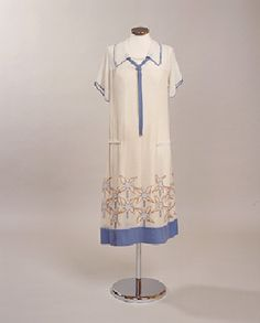 1920's Linen? and Cotton Day Dress 1923-1925.