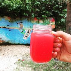 Watermelon juice for morning boost! 💨🏝️🔜🏖️🏋️ . . . . . #healthy #eatclean #food #breakfast #healthyfood #organic #fit #dinner #gym #getfit #raw #homemade #foodporn #yummy #fresh #oatmeal #cleaneating #protein #nuts #fruit #veggies #mutimiteszel #instafood #smoothie