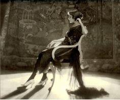Baron Adolphe de Meyer - Jeanne Eagels, 1920s