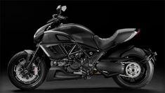 Ducati Diavel Dark : Badass Motorcycle for Batman