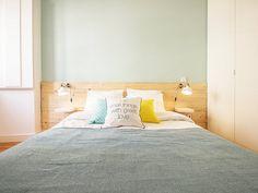 Descubra fotos de Quartos escandinavos: Apartamento da Glória. Encontre em fotos as melhores ideias e inspirações para criar a sua casa perfeita.