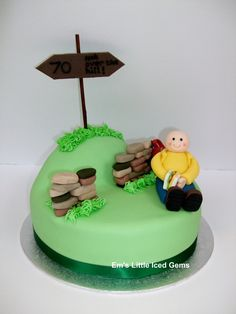 Ramber / Walker / Hiker Cake Made for a keen rambler. He's having a little rest against his backpack & dry stone wall. Nature Cake, 70th Birthday Cake, Cake Decorating, Decorating Ideas, Dry Stone, Cake Craft, Novelty Cakes, Celebration Cakes, How To Make Cake