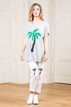 Jungle Boogie, Oversized Tee, Palm Trees, Graphic Sweatshirt, T Shirts For Women, Tank Tops, Sweatshirts, Tees, Sweaters