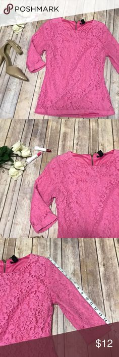 Pink lace fully lined F21 blouse This pink lace blouse from Forever 21 is perfect for Valentine's Day! Fully lined its both comfy and cute! Pretty and feminine for a date or just during the day at work! Working zipper on the back as well!  Offers welcome! Forever 21 Tops Blouses