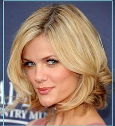Dressy Blonde Bob Do