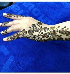 graphic rose henna