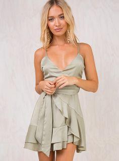 Shop for a trending Mini Dress online now at Princess Polly! Party Dresses Online, Party Dresses For Women, Club Dresses, Short Dresses, Girls Dresses, Prom Dresses, Mini Dresses, Sleeve Dresses, Dresses Online Australia