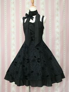 Victorian Maiden's Elegant Flare Ribbon Dress