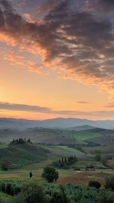 Nature Aesthetic, Travel Aesthetic, Beautiful World, Beautiful Places, Places To Travel, Places To Go, Toscana, New Wall, Belle Photo