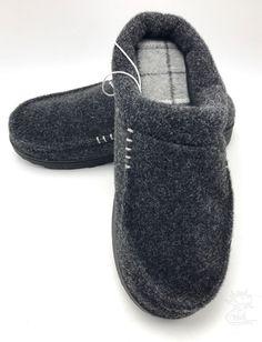 New item today Men's Memory Foam... found at  http://keywebco.myshopify.com/products/mens-memory-foam-slippers-gray-black-clog-size-s-7-6-dearfoams-new?utm_campaign=social_autopilot&utm_source=pin&utm_medium=pin