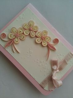 1 Paper Quilling Patterns, Quilling Designs, Quiling Cards, Quilling Techniques, Wedding Designs, Paper Art, Origami, Birthday Cards, Floral Design