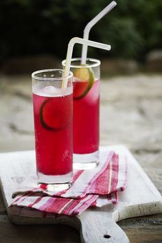 Marvelously refreshing (and very beautifully hued) Blackberry Lemonade. #Anthropologie #PinToWin