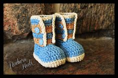 Crochet Pattern for Boys or Girls Striped Button up Booties. Pattern number 031. Instant Download