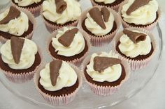 My Little Kitchen: Smash cupcakes Norwegian Food, Norwegian Recipes, Little Kitchen, Mini Cupcakes, Cake Recipes, Muffins, Cheesecake, Cookies, Baking