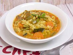 Arroz caldoso de verduras, rápido y fácil - Mis cosillas de Cocina Rice Krispies, Vegetable Rice, Food Challenge, Couscous, Thai Red Curry, Vegan Recipes, Food And Drink, Easy, Yummy Food