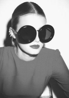 #sunglasses #round #runwayfashion