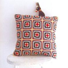 #Crochet cushion from Japanese craft magazine