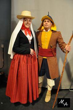 Mujer de Las Postales y hombre campesino de Gran Canaria, recreación