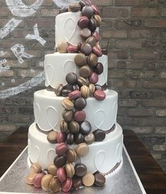 Beautiful Macaroons cake is one of the current 'sweet' crazes. Celebrate your Wedding with such delicious cakes. A Little Cake is a wedding cake specialist in Park Ridge, NJ. Order your next cake from http://www.alittlecake.com/  #weddingcake #macaroons #weddingday #alittlecake #parkridgenj #fondant #cakes #yummy #foodporn #bride