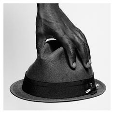 ART COMES FIRST x THE KOOPLES www.thekooples.com hat.html First 12f98396ae43